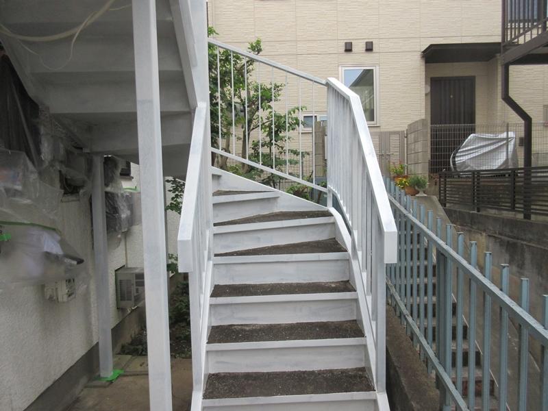 階段塗装 錆止め