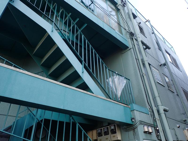 川崎市高津区 マンション階段
