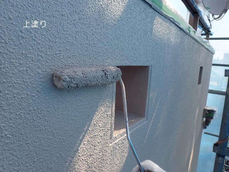 外壁塗装 川崎市高津区住宅 中塗りの様子