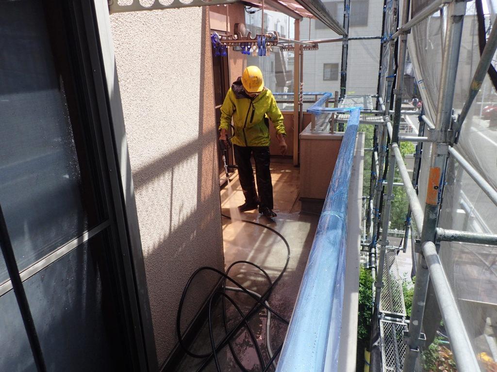 外壁の塗装 川崎市高津区住宅塗りかえ工事 洗浄工事