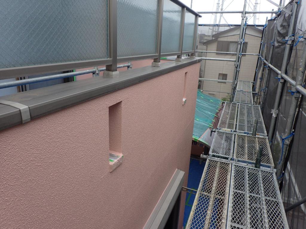 外壁の塗装 川崎市高津区住宅塗りかえ工事 リシン外壁塗装 上塗り
