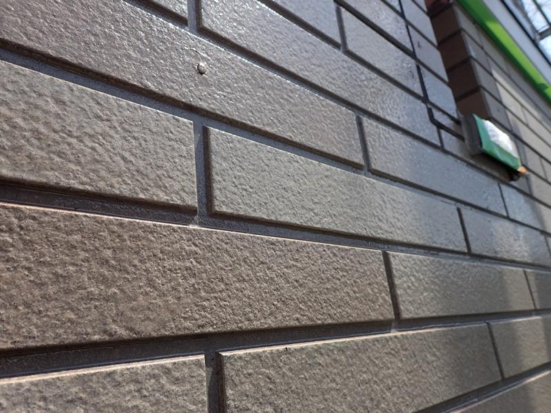 外壁の塗装 川崎市高津区住宅塗りかえ工事 サイディングクリアー施工