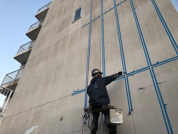川崎市、横浜市、東京都の塗りかえ専門店 佐藤塗装店 無足場 工法 足場なしでビルマンションの改修工事