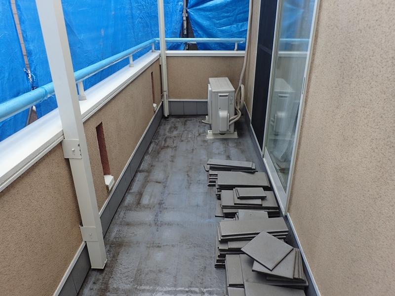川崎市 高津区 住宅 外壁 塗装 ガイナ 塗装 とダイナミックトップ塗り替え工事 塗装工事前 洗浄