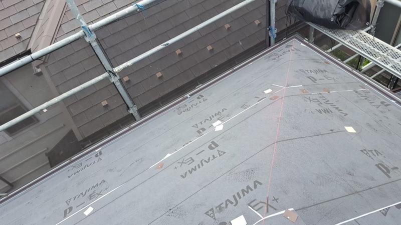 川崎市横浜市東京都の 外壁塗装 川崎市 麻生区 住宅 外壁塗装 工事前 金属屋根 カバー工法