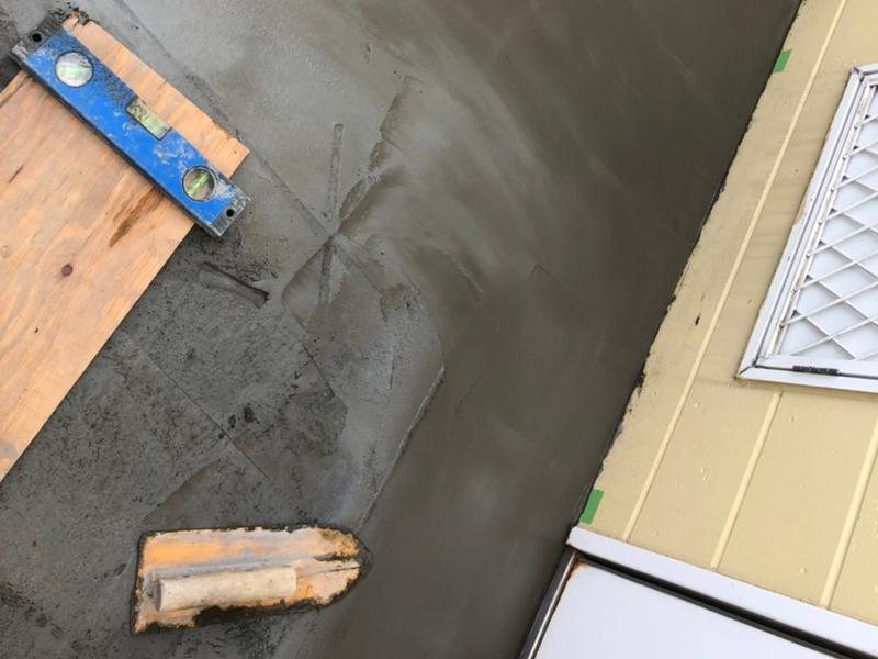 鉄階段の補修 タキステップ、長尺シート傾斜の補修工事