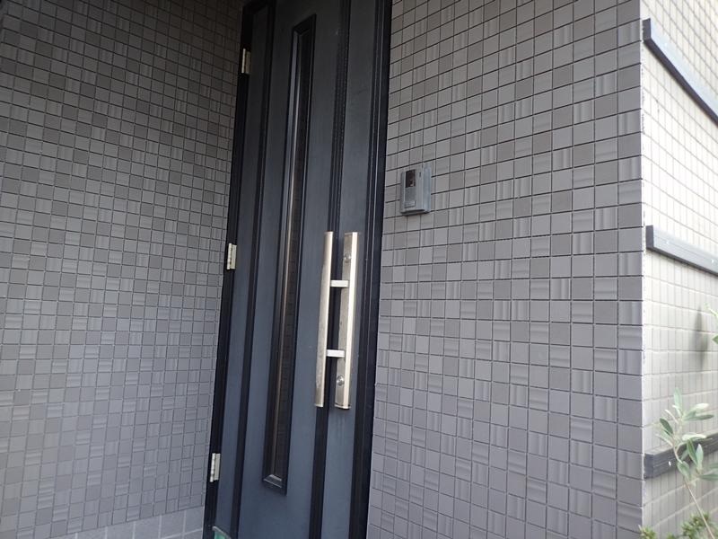 玄関前タイルの張り替え セラヴィオE
