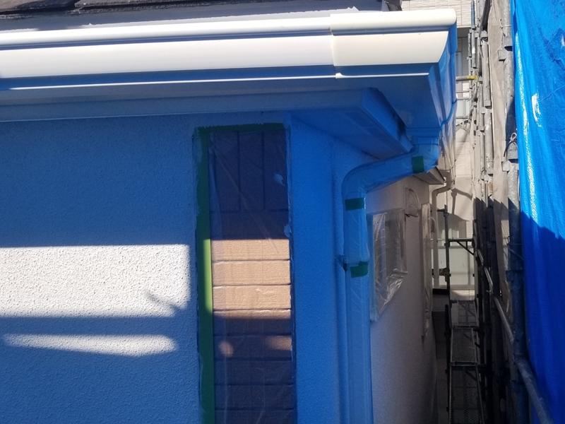 ダイナミックMUKIリシン外壁の塗り替え 神奈川県川崎市高津区住宅の外壁塗装 ダイナミック防水フィラー下塗り