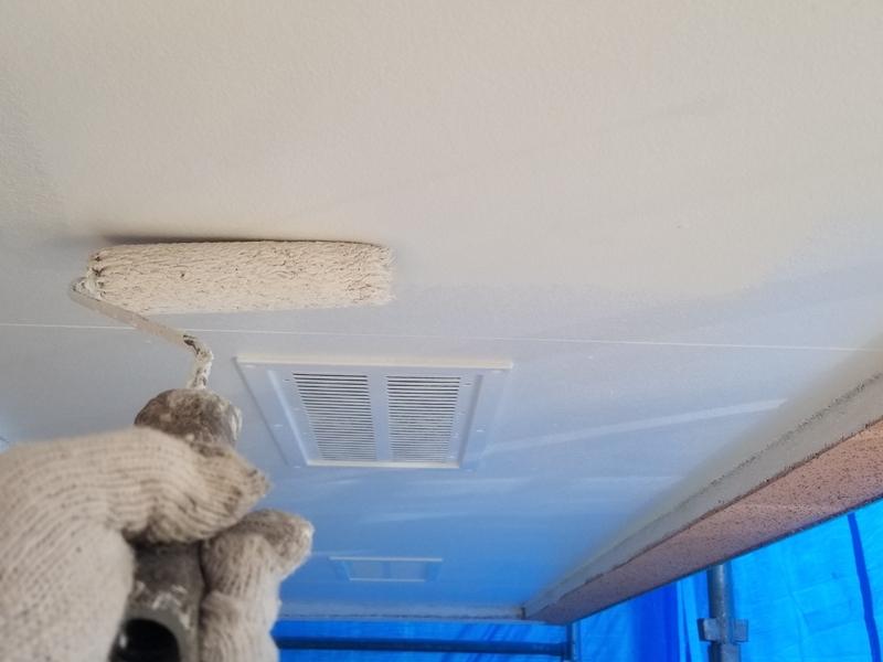 ダイナミックMUKIリシン外壁の塗り替え 神奈川県川崎市高津区住宅の外壁塗装 コーキング打替え天井塗装